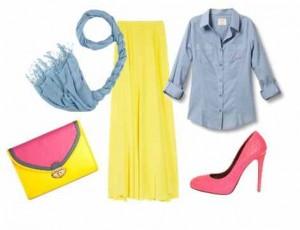 Grimsi mavi rengi gömleği ve civciv sarısı eteğin bulunduğu genç bayan kombin modelleri
