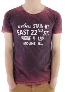 Kara leke desenli yazılı bordo erkek tişört