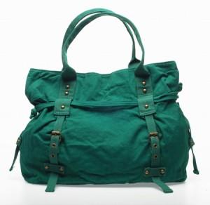 Ölü Deniz'in yeşili tonlarında bayan çanta