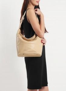 Orta kısmı çökük olan bayan kol çantası